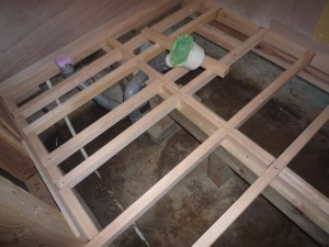 3.新しく床組み