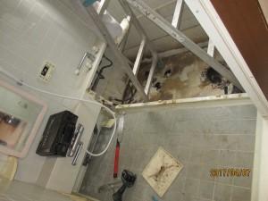 3浴室解体中